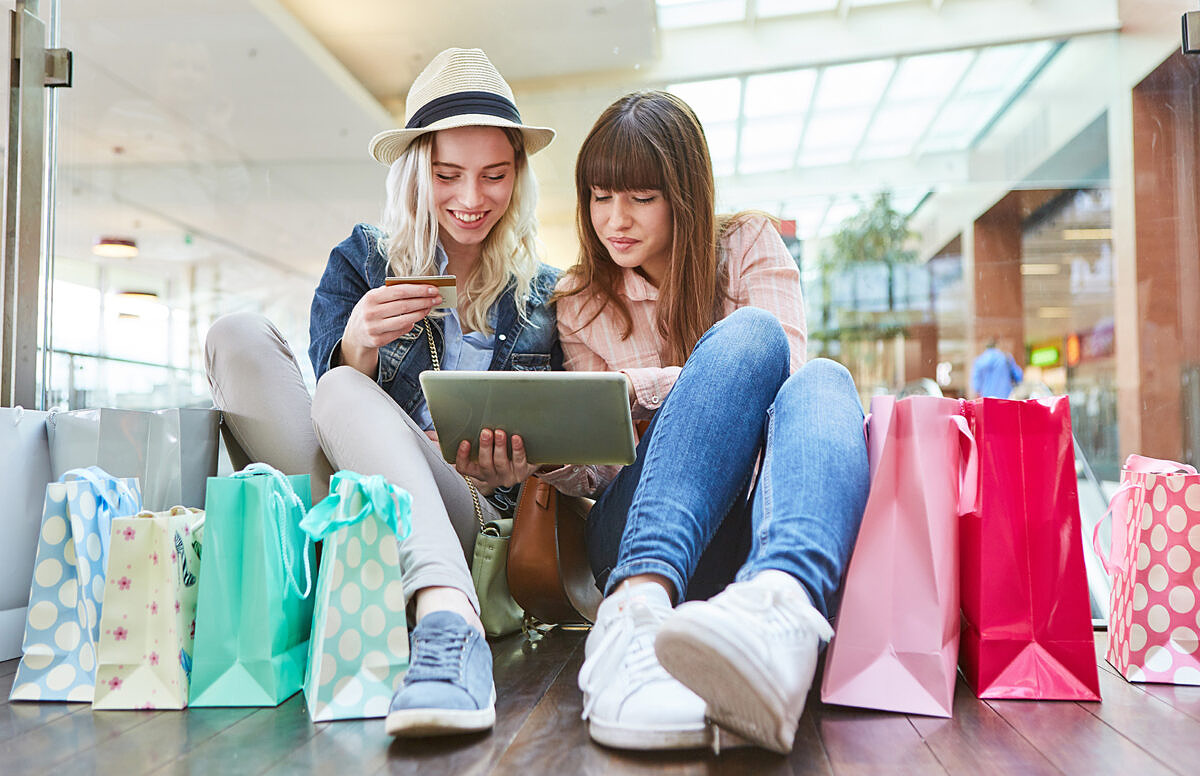Social commerce is evolving into social group shopping